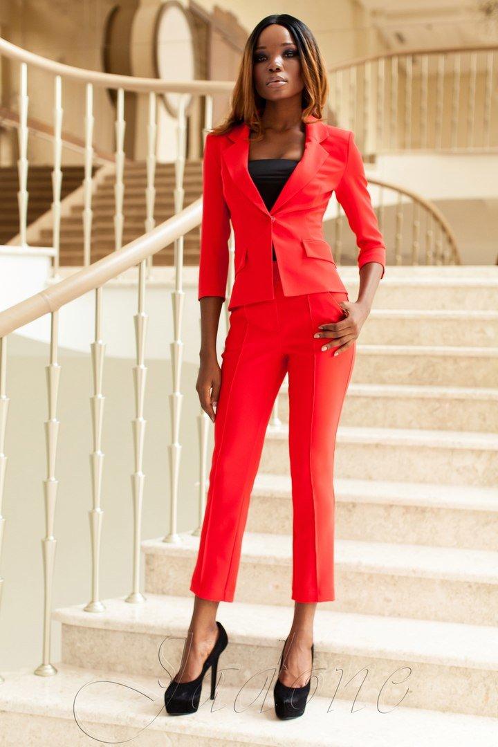 00302f737d7 Брючный красный женский деловой костюм Ясмин 2 - купить недорого ...