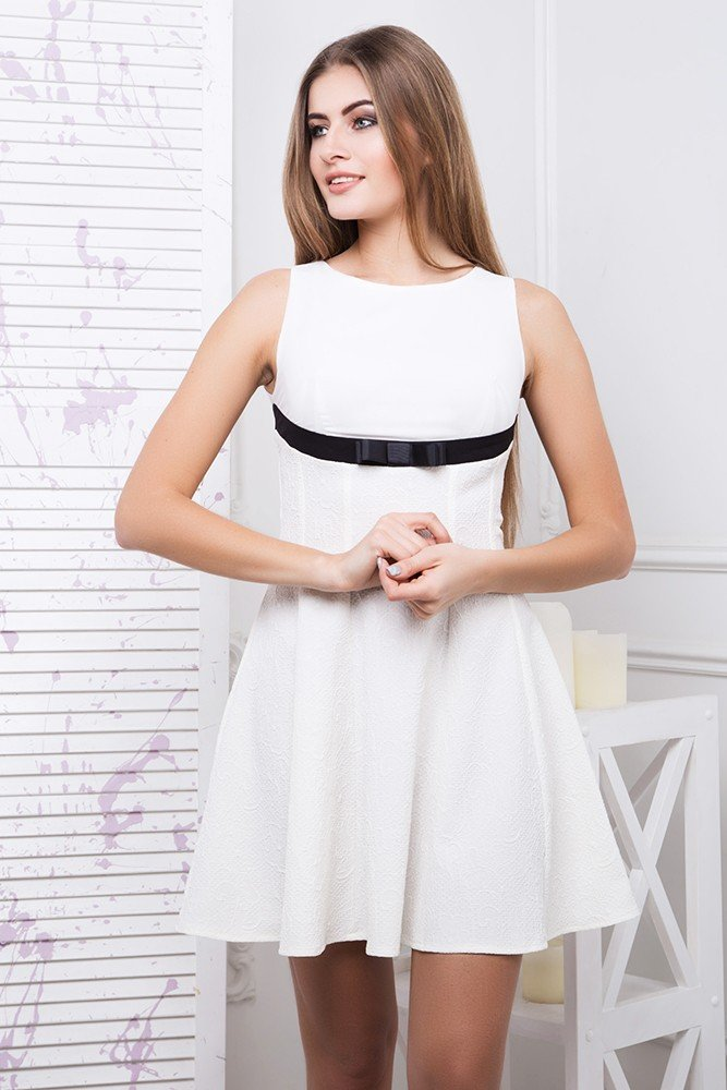 33beb53e4076b2 Стильне коротке біле плаття Каприз - купити недорого — Donna Bella ...