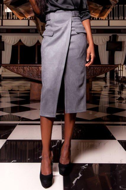 95ce1882b1a Серая замшевая юбка-карандаш Дарси - купить недорого — Donna Bella ...