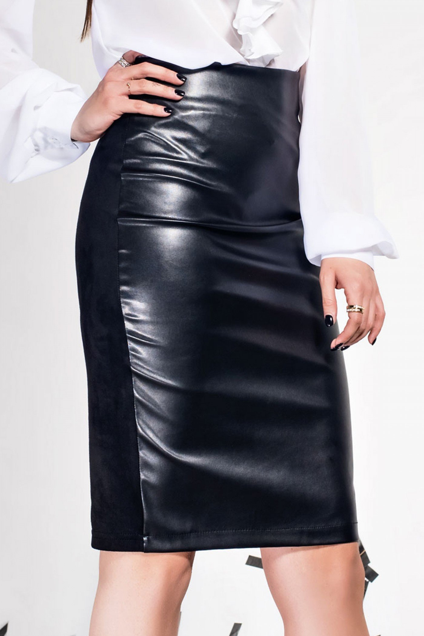 Чорна спідниця Delfi Jadone Fashion bbe23d830e0af